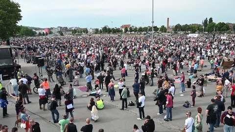 Deutschland: Tausende bei Demos gegen Corona-Regeln
