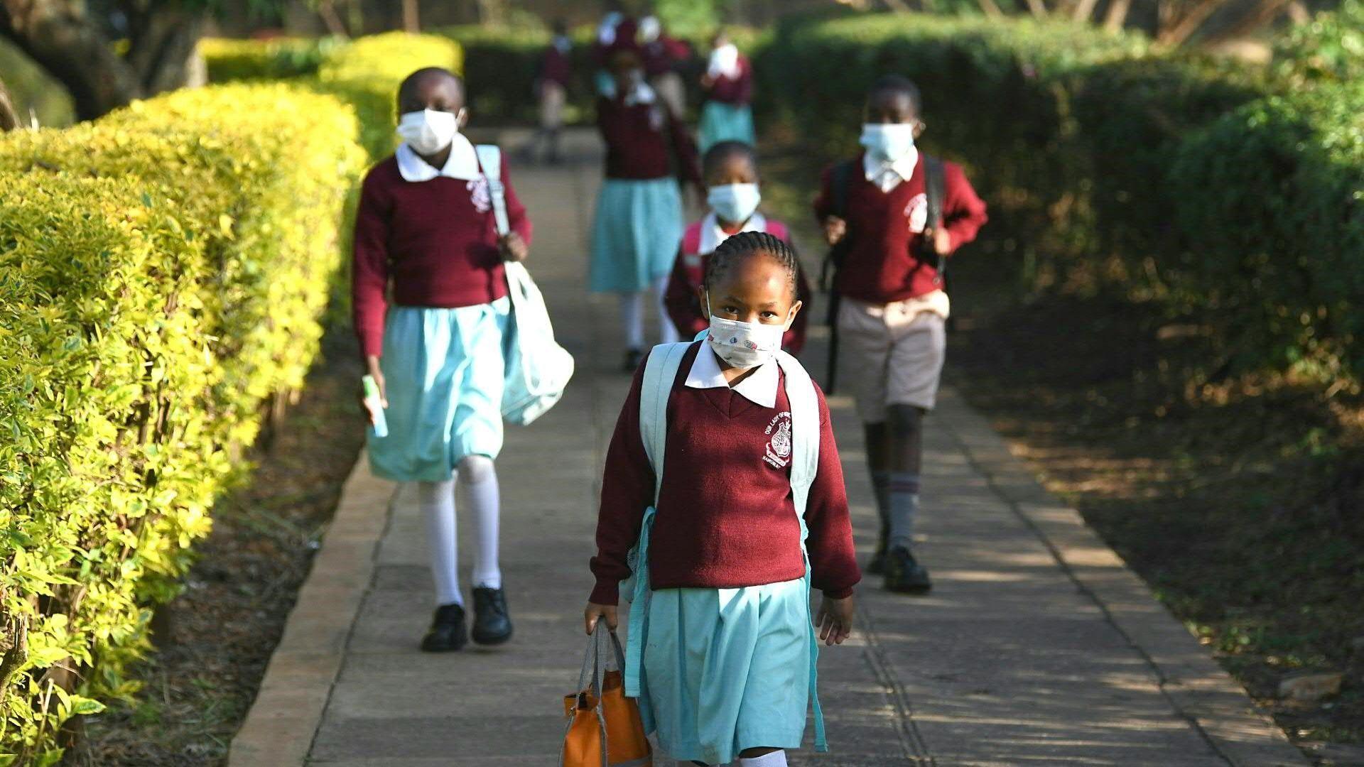 Schulen in Kenia öffnen nach monatelanger Corona-Pause