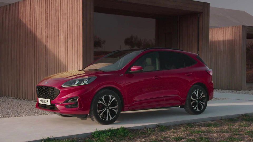 Ford baut 750 Ladestationen für Elektrofahrzeuge auf Werksgelände