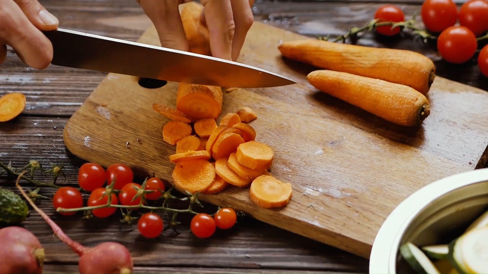 Diese elf Lebensmittel eignen sich nicht zum Einfrieren