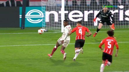 Αϊντχόφεν - Μονακό: Εκπληκτικό γκολ από τον Μποαντού για το 1-0
