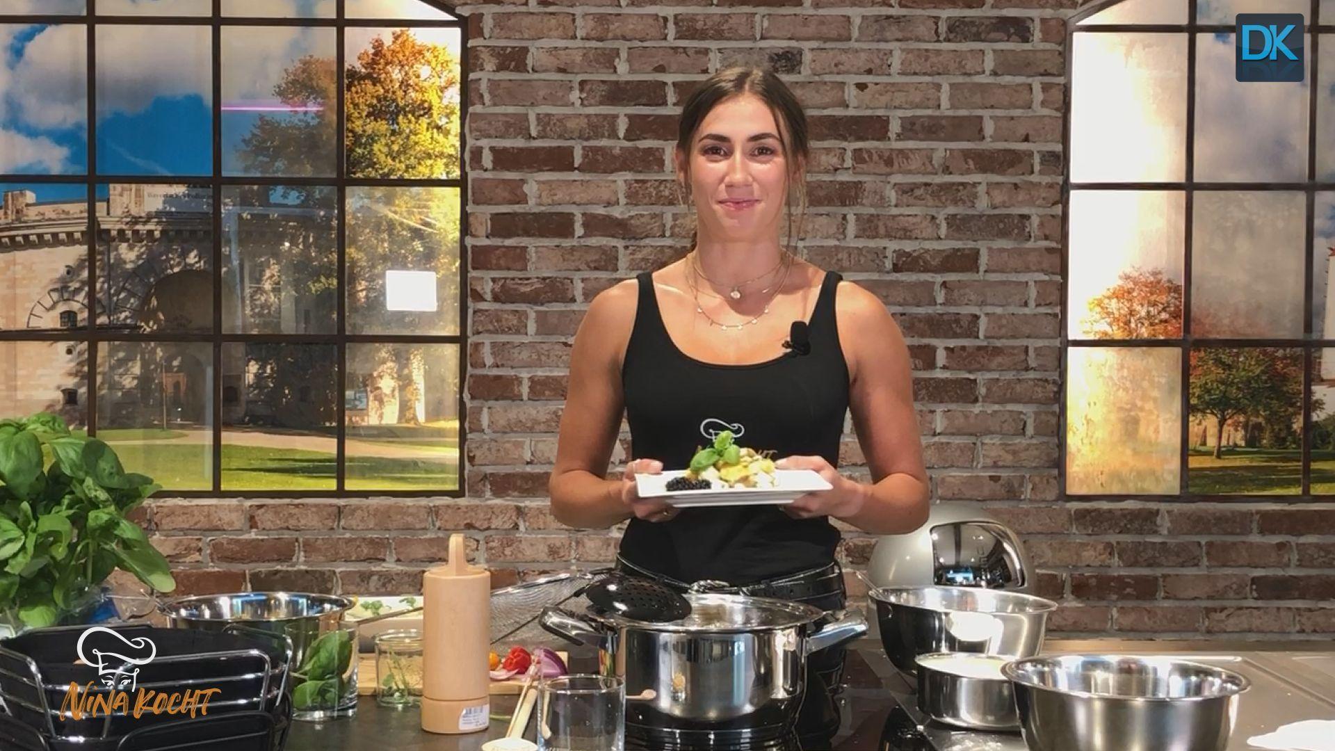 Nina kocht! Blitzschnell, gesund und richtig lecker – Gerichte zum Nachkochen. Frittierter Mozzarella auf Melonensalat. #jummy