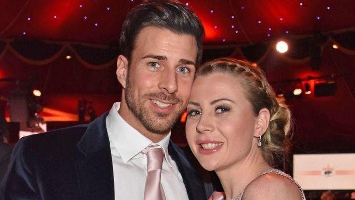 Ein Jahr nach Hochzeit: Krise bei Ex-Bachelor Leonard Freier & Caona