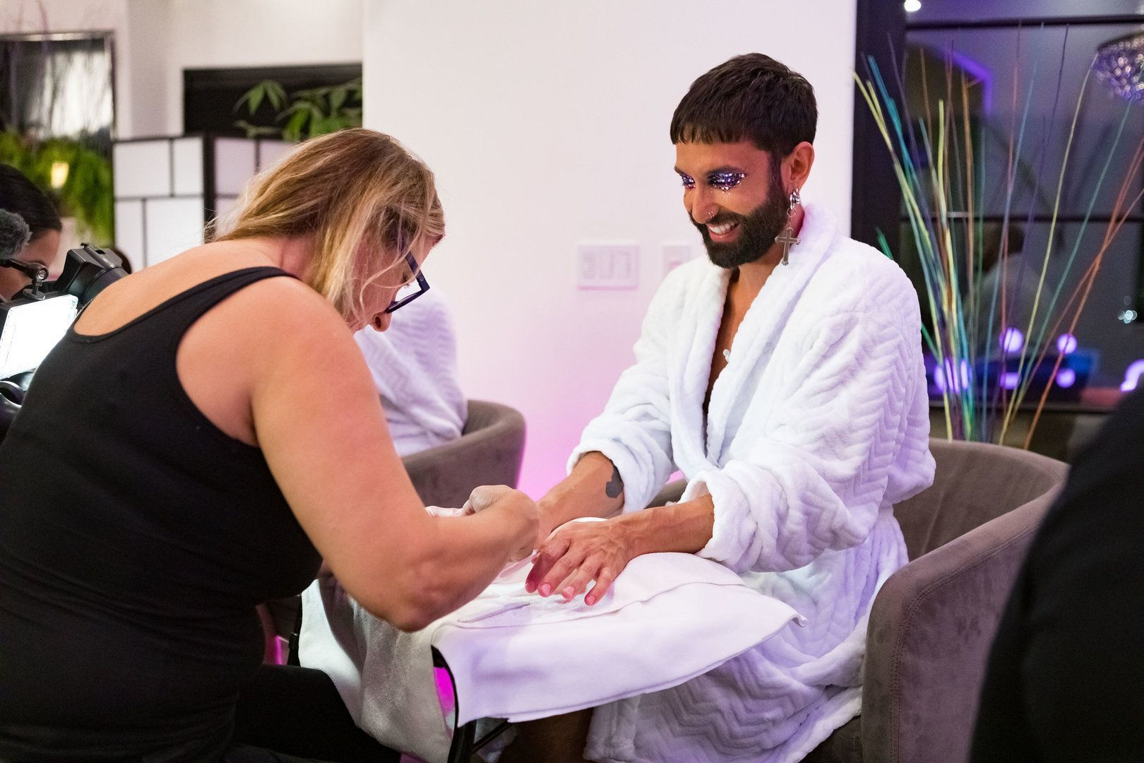 Dragqueen-Spa: Wellnessabend mit Heidi, Bill und Conchita