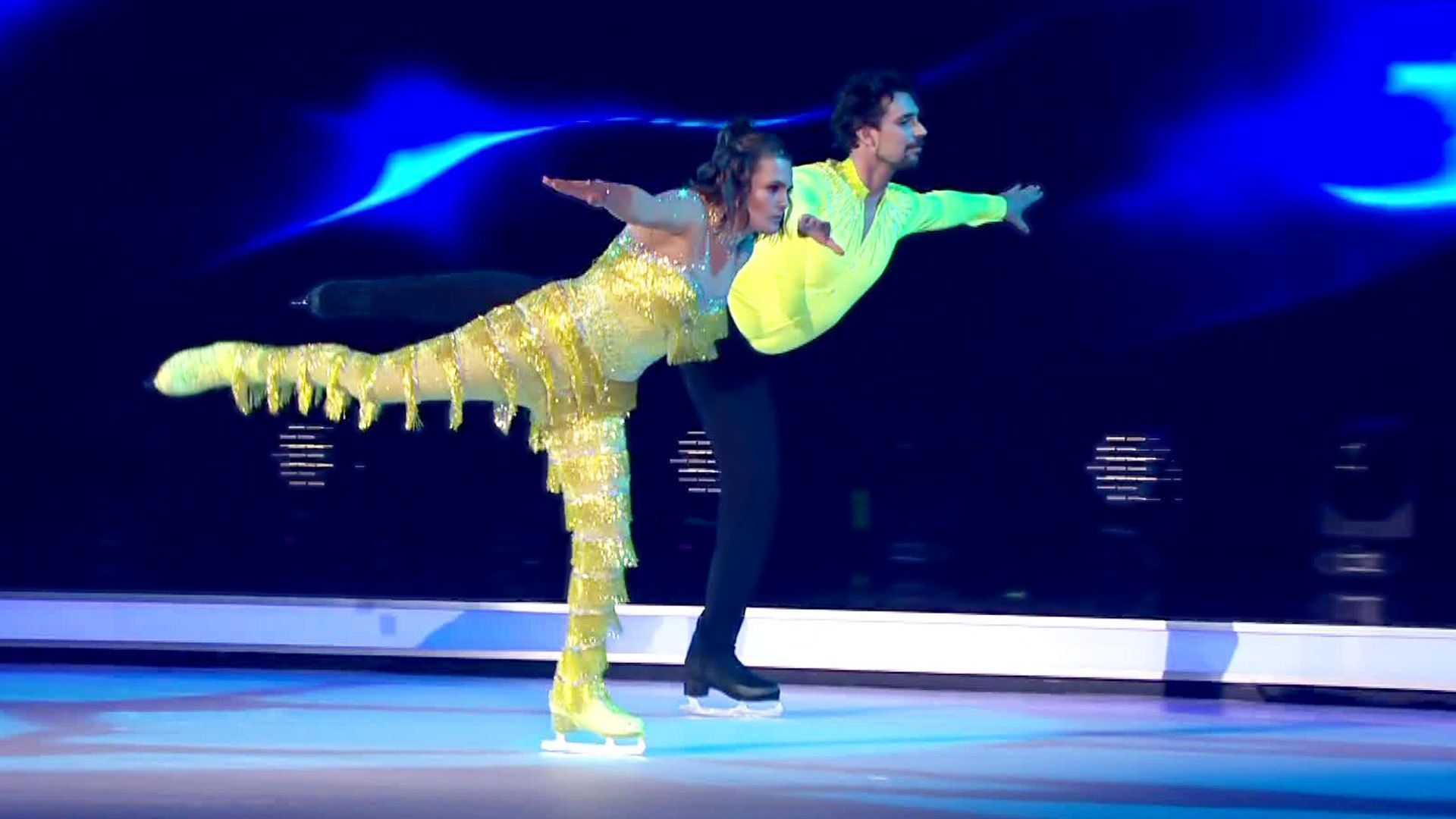 Nadine Angerer: Emotionales Skate Off - Dancing on Ice