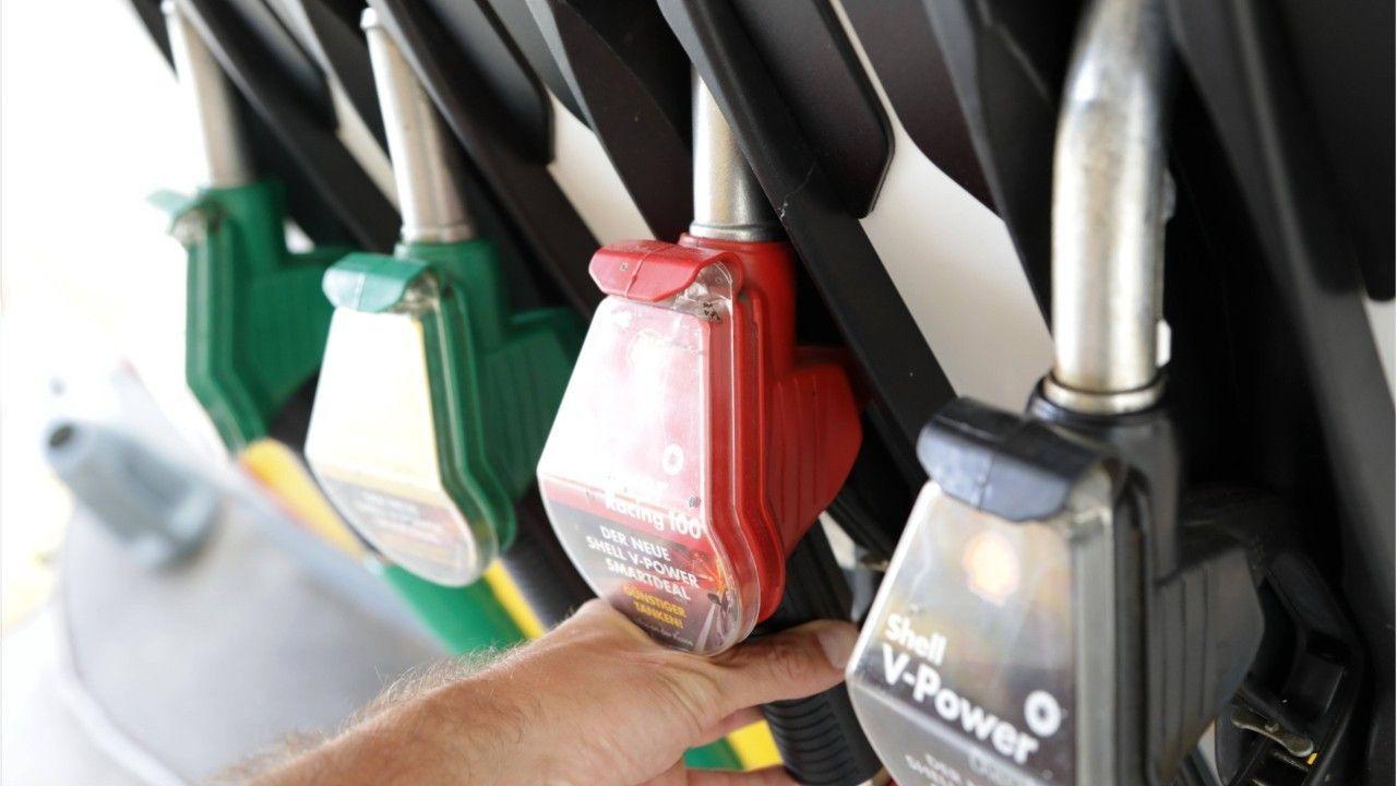 Benzinpreis auf Vierjahrestief: So günstig war Sprit schon lange nicht mehr
